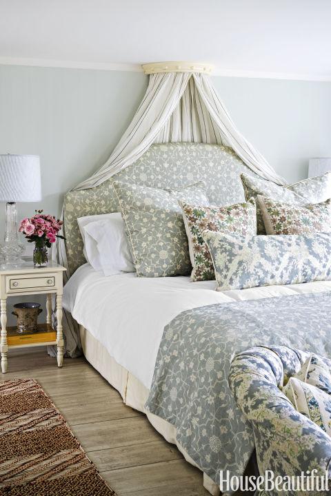 استفاده از رنگ های روشن دل انگیز در اتاق خواب