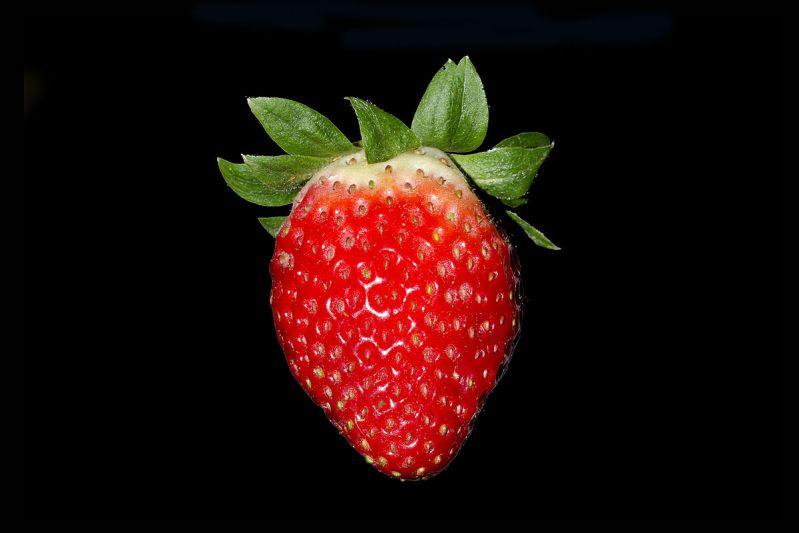 نحوه شستن توت فرنگی - طرز شستن توت فرنگی
